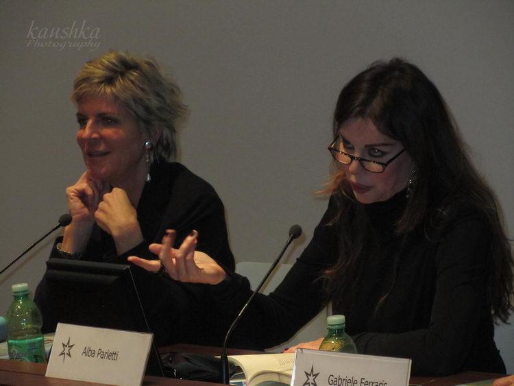 Alba Antonella Parietti nasce a Torino il 2 luglio 1961