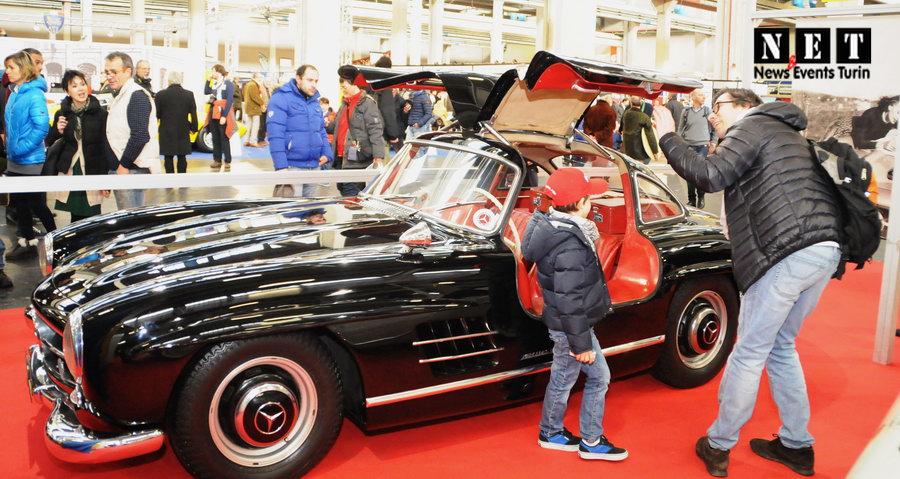 Выставка коллекционных автомобилей в Италии
