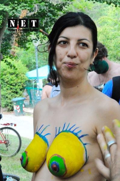 Вело парад голых на велосипедах пробег Голый велопробег нудистов