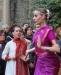 Итальянка танцует индийский праздник огней