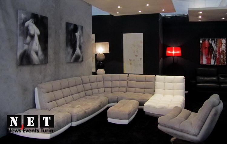 Выставка итальянской мебели в городе Турин Италия