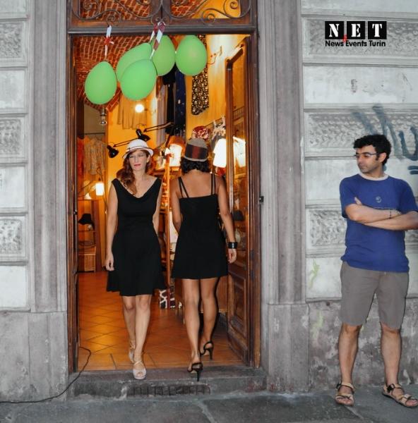 На празднике района Турина прошел и небольшой показ мод