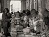 Уличная продажа - книги Турин