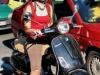Девушка на мотороллере в Турине