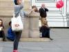 Девушка и воздушный шарик в Турине