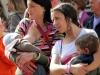 Цыганки кормящие детей в Турине