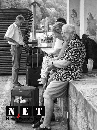 Спокойные но недовльные итальянские пенсионерки