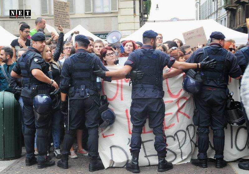 ЛГБТ Турина провоцируют сторонников традиционной семьи