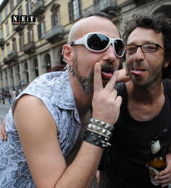 Средиземноморский гей парад Италия Турин