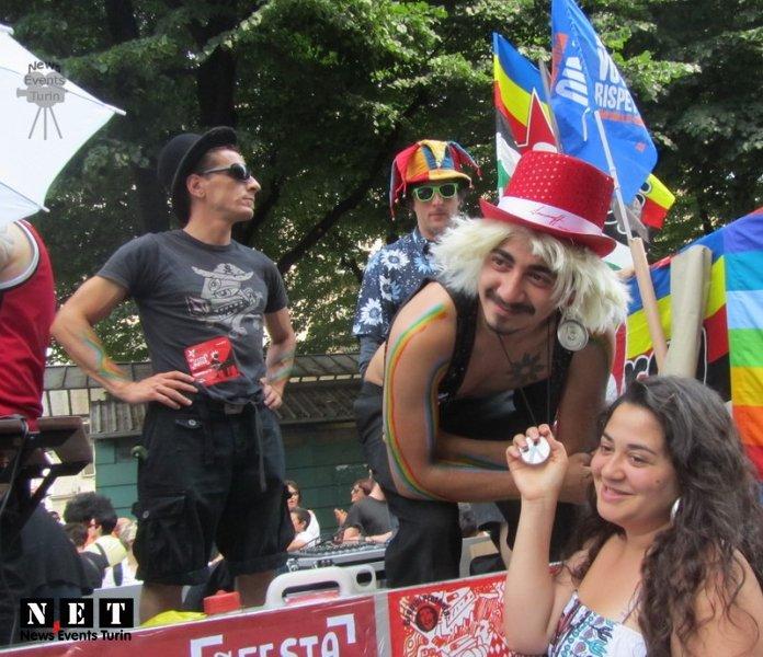 gay-pride-16-giugno-2012-1