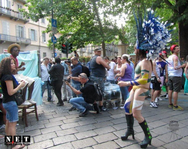 gay-pride-16-giugno-2012-11