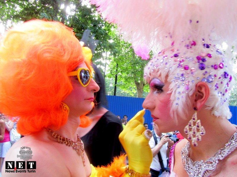 gay-pride-torino-2012-16-19