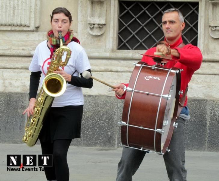 torino-giornata-missionaria-piazza-castello-7