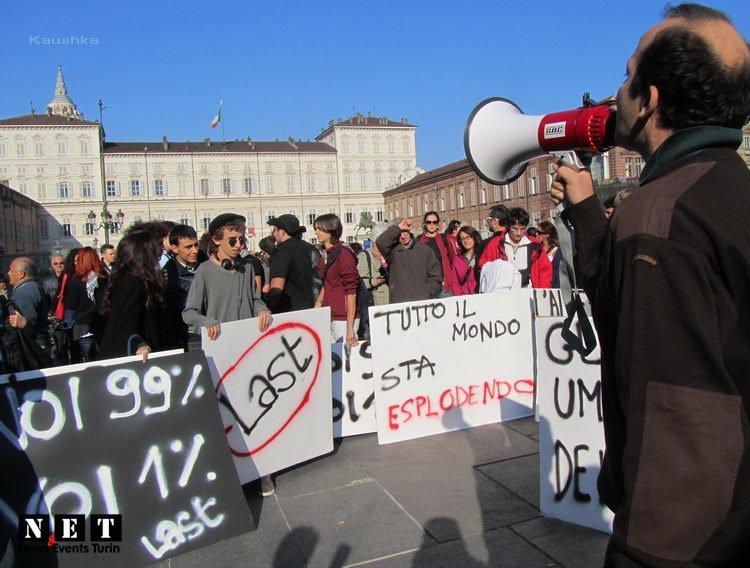 manifestazione-indignati-torino-15-ottobre-2011-20