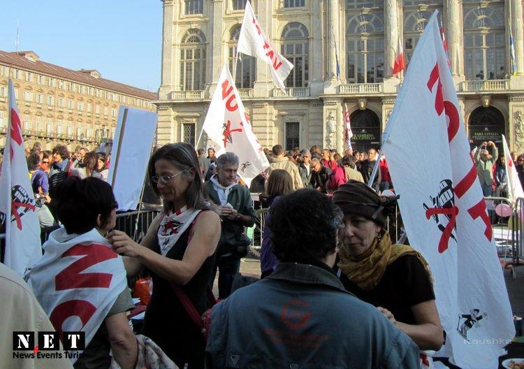 manifestazione-indignati-torino-15-ottobre-2011-26