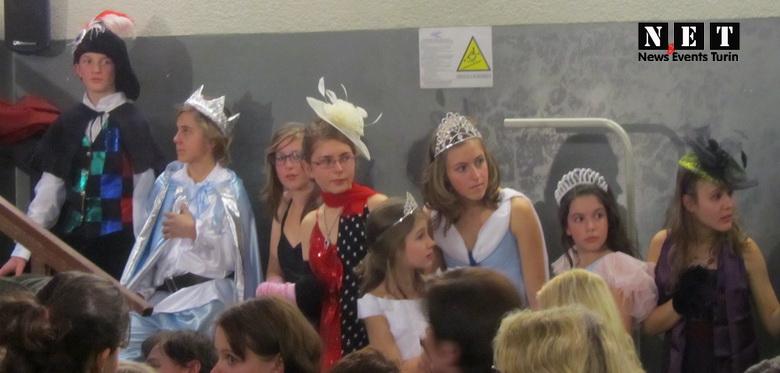 Подростки с русского театра в Турине на праздновании Нового года