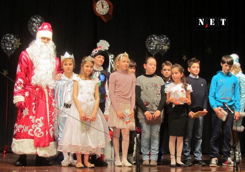 Новый год русских деток за границей