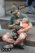 Дембель итальянец кормит ребенка