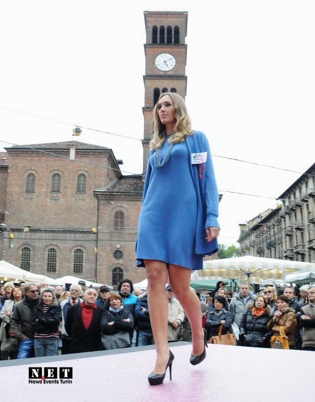 Elia Tarantino cura sfilata Crocetta Federica conduttrice