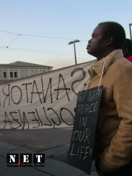 protesta-manifestazione-rifugiati-di-libia-a-torino-16
