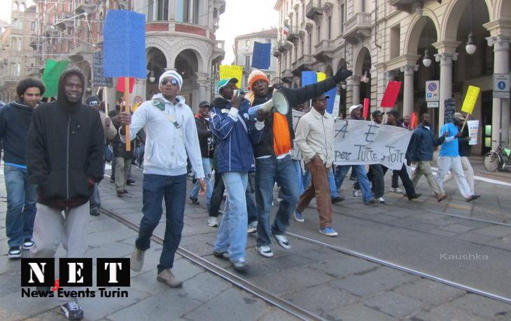 protesta-manifestazione-rifugiati-di-libia-a-torino-40
