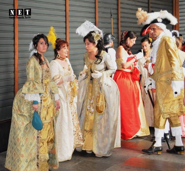 Torino in abiti antichi