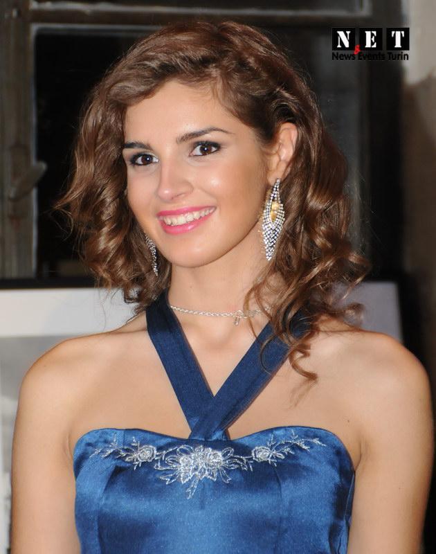 Победительница конкурса красоты Италии 2013 Вечер моды Турин Нью-Йорк