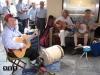 torinesi cantano in piazza San carlo