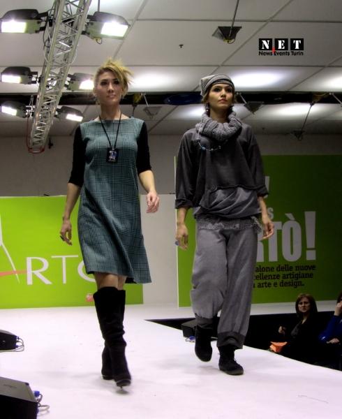 Показ винтажной моды в Турине на выставке ARTO