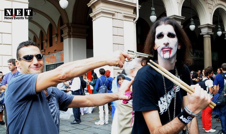 Zombie spara Torino