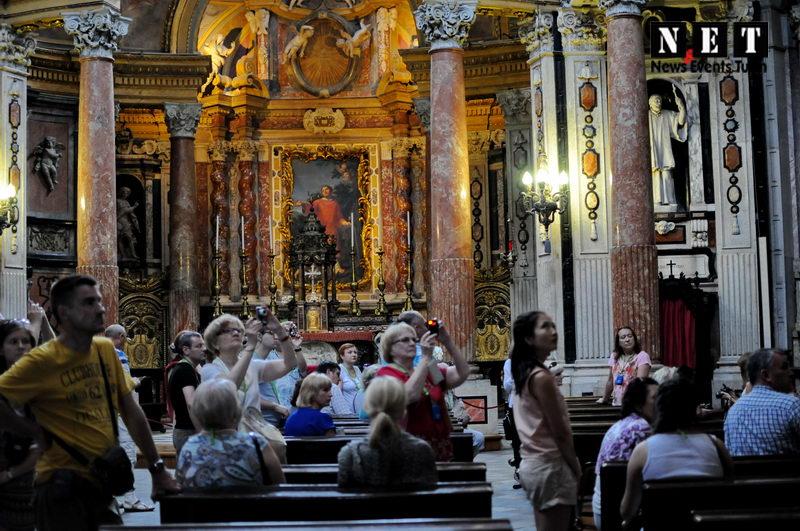 Достопримечательности Турина по отзывам туристов церковь Сан Лоренцо внутри