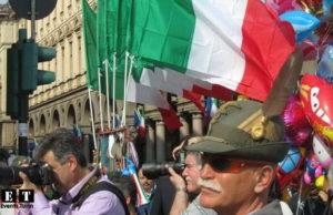 Турин - Элитные горные войска Италии на параде.