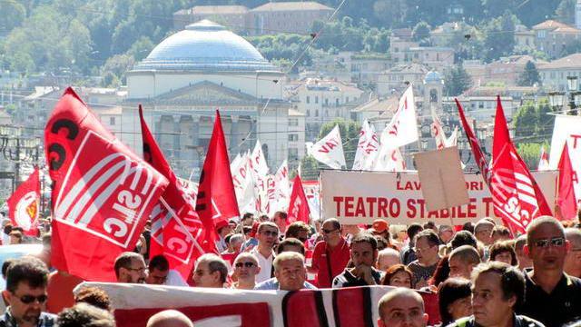 Генеральная забастовка профсоюзов Италии Турин репортаж NET