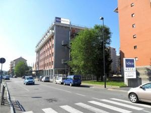 Гостиница в районе Мирафиори Турин