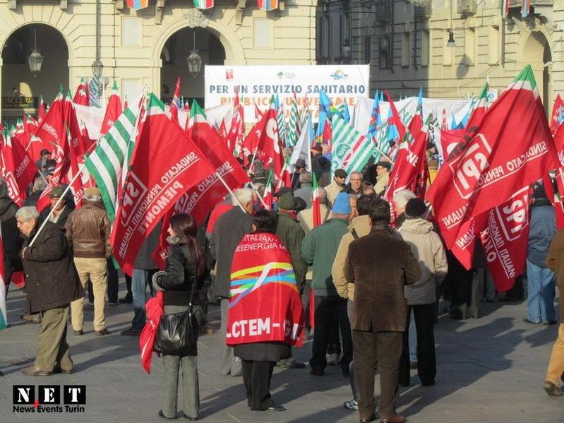 Массовые манифестации в Турине