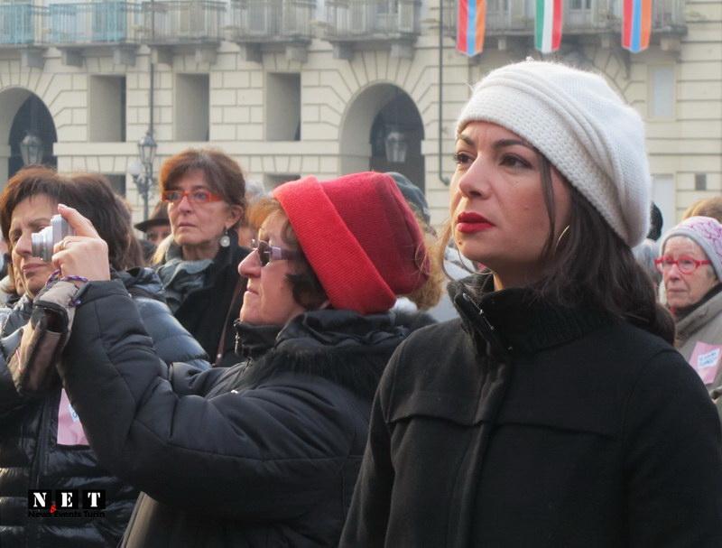 Феминистки итальянки протестуют в Турине