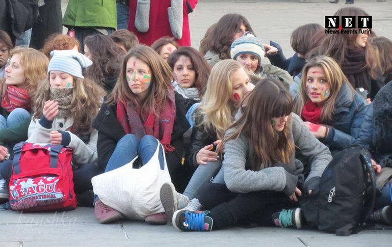 Студенты турина против сексизма