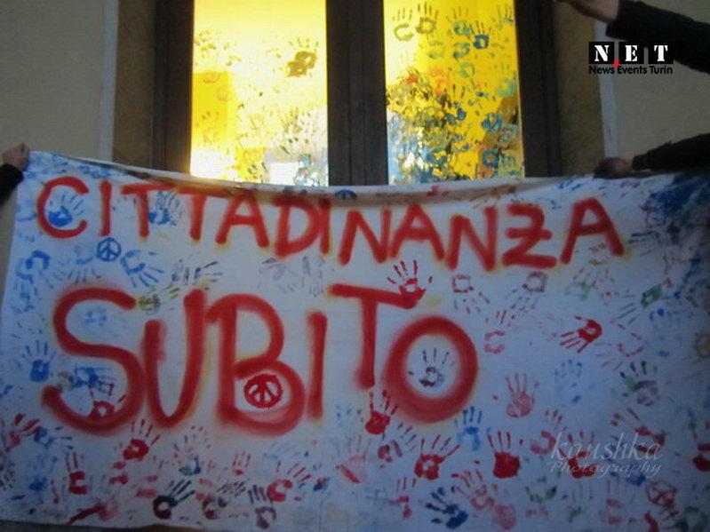 Расизм не пройдет Студенты Турина
