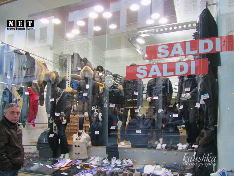 Распродажи в Италии Турин сезон скидки
