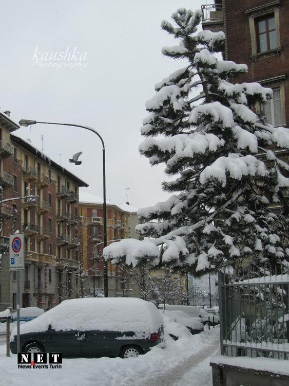 Заснеженные улицы турина Италия