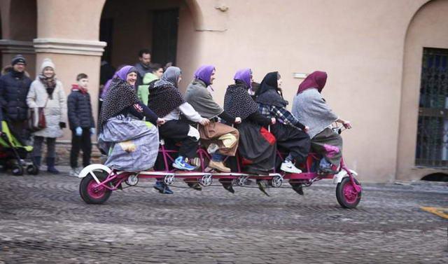 Праздник Бефана в Италии - ведьмы на велосипеде История