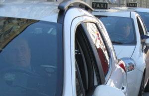 Забастовка таксистов в Италии - Турин бастуют таксисты