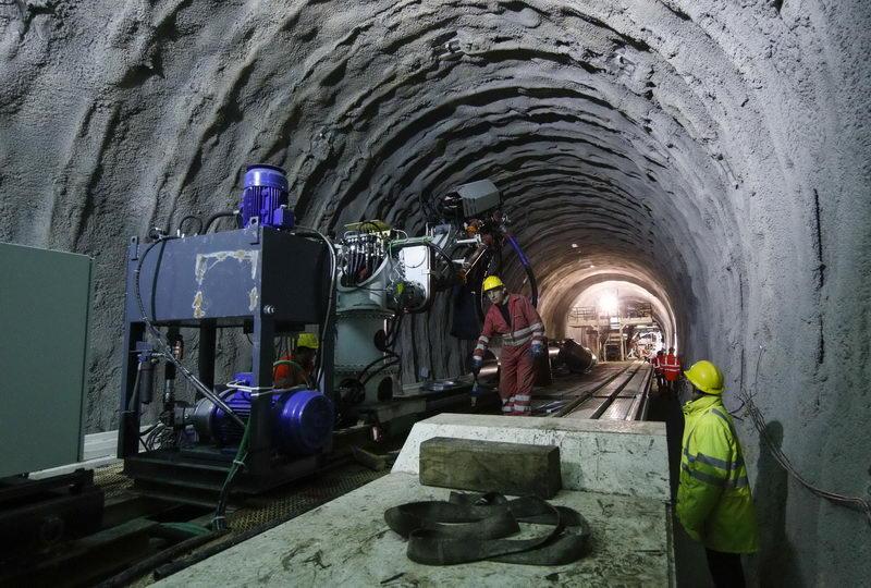 Туннель соединяющий Францию и Италию