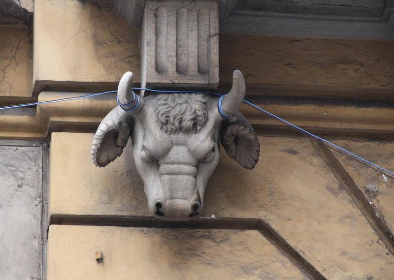 В Турине повсюду символы города