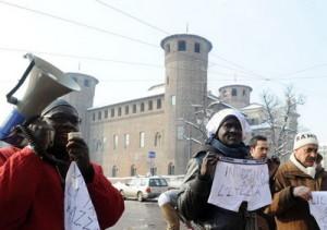 Турин практически голый протест