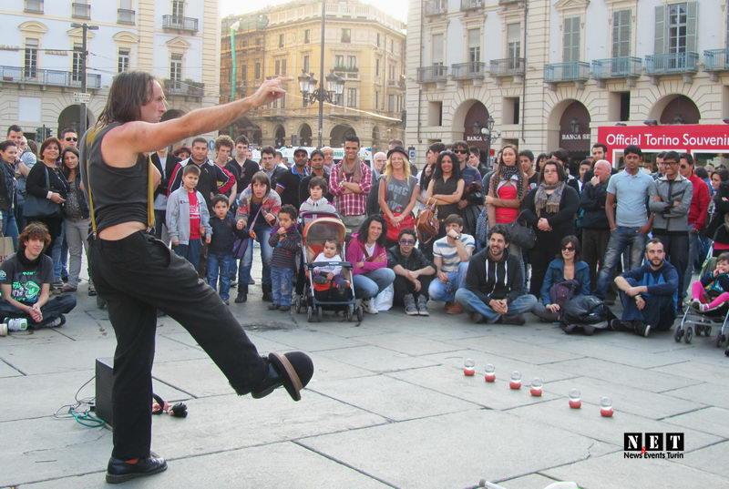 Манифестация против работы по воскресеньям в Италии События Турина март 2012