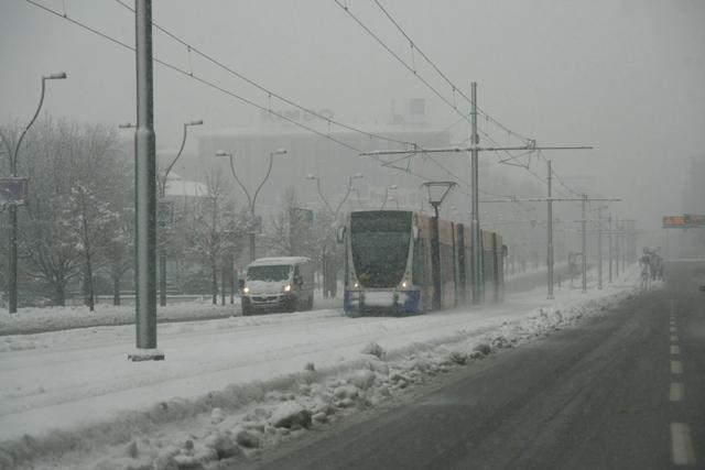 sneg Italia Turin gorod