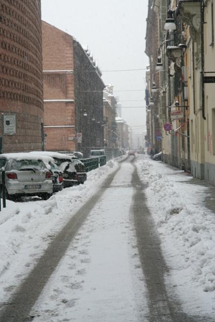 turin pod snegom