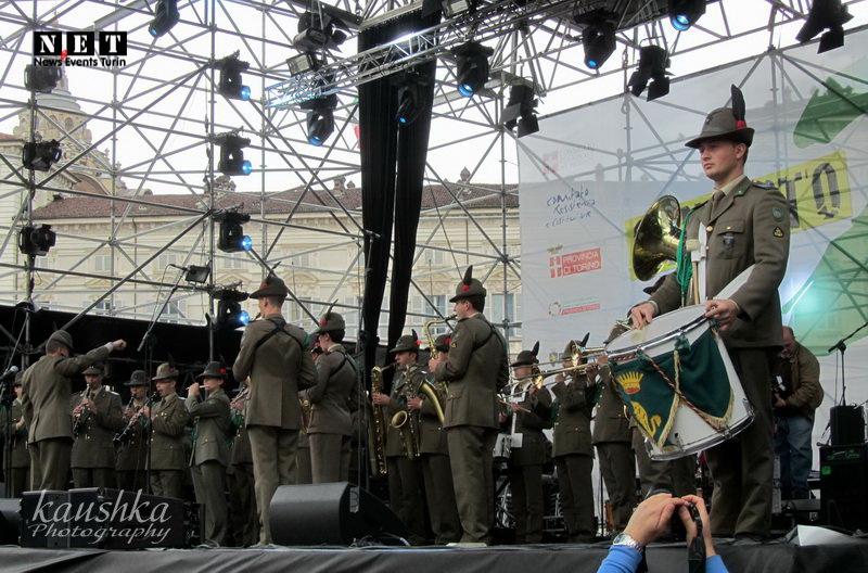 Празднования дня освобождения Италии 25 апреля Турин