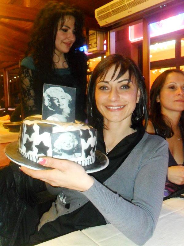 Одна из кандитерских Турина готовит отличные от других торты
